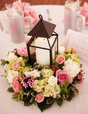 Centre de table fleuri Un Monde Confetti