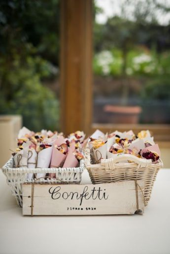 confetti-naturels-2-mariage-un-monde-confetti