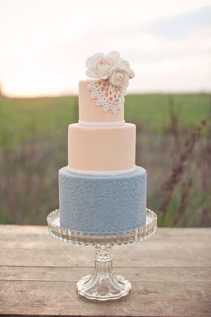 Gateau mariage rose quartz bleu serenity Un Monde Confetti