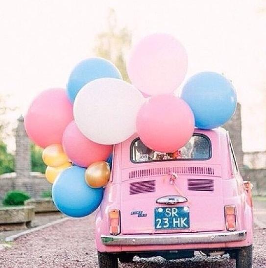 Voiture-mariage-quartz-serenity-un-monde-confetti