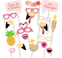 accessoires-photobooth-mariage-tropical-un-monde-confetti