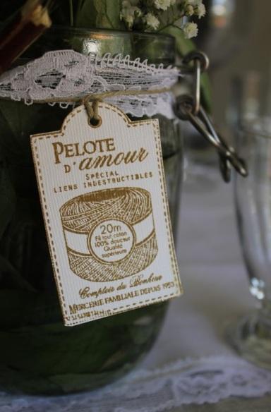 pelote-d-amour-un-monde-confetti
