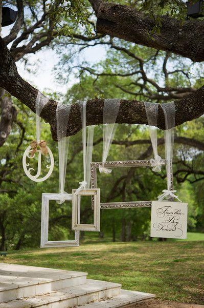 photobooth-mariage-decor-cadre-un-monde-confetti