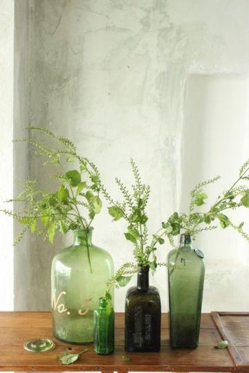 bouteille-vase-vert-1-mariage-un-monde-confetti